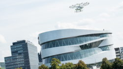 Exclusively in front of the Mercedes-Benz Museum in Stuttgart: First successful urban flight of the Volocopter in Europe. © Daimler AG